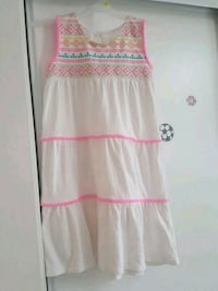 pink and white floral sleeveless dress5t Brampton, L7A