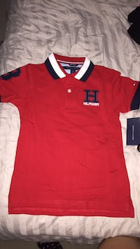 Toddler's T-shirt Tommy Hill figure size 5 Surrey, V3X