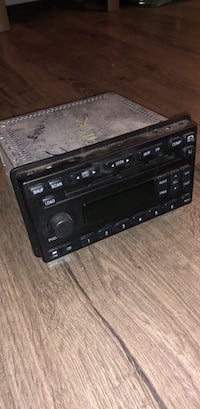 Stereo System Ford Expedition 2004