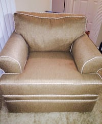 Oversized chair and sleeper couch - negotiable  Winter Park, 32789