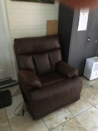 brown leather recliner sofa chair Bethesda, 20816