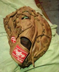 Right handed first base mitt Port Richey, 34668