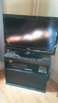 Samsung 32 inch flat screen TV and Blu-ray player Denver, 80205