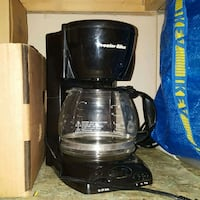 Coffee maker  Guelph, N1K 1R2