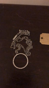 Silver chain with circle of fake diamonds  New York, 10021