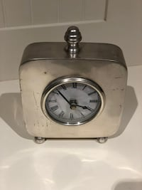 Vintage table clock  Toronto, M5M 1L2