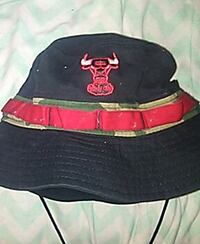 black and red bucket hat Byron, 31008