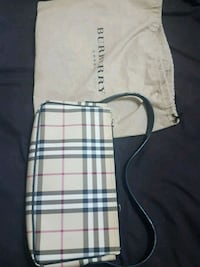 Burberry purse Washington, 20011