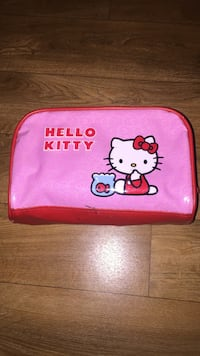 Pochette de brevet rose hello kitty