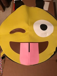 Emoji Tongue out costume - NEW Whitchurch-Stouffville, L4A 1J9