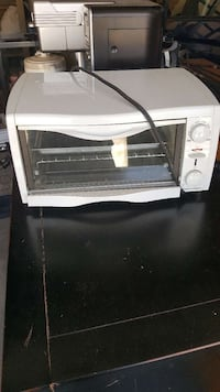 white toaster oven Calgary, T2Y 4M8