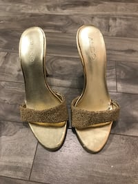 pair of women's gold Aldo open-toe pumps Brandon, R7A 2P9