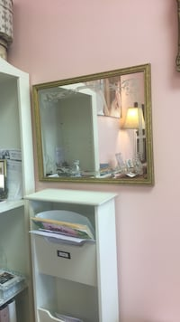 Gold frame mirror  North Chesterfield, 23235