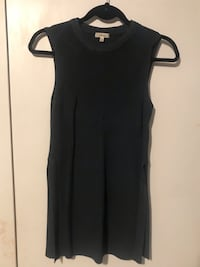 Black scoop neck sleeveless top Toronto, M2R 2T1