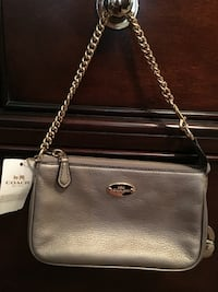 Brand New COACH Pebbled Leather in Pewter  Virginia Beach, 23455