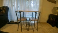 Kitchen table with two chairs 47 km