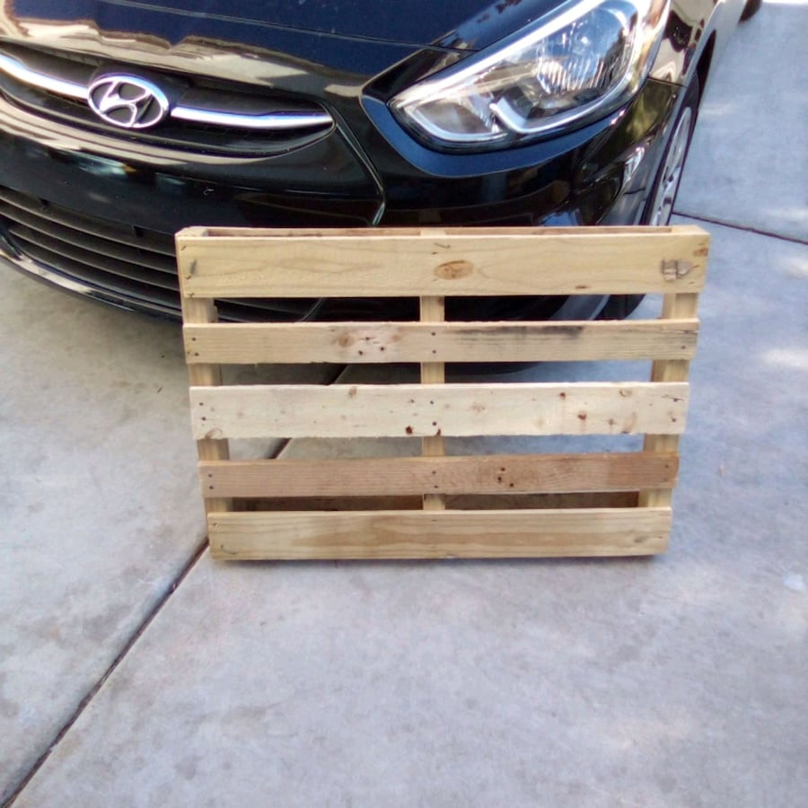 Mini- Wood Pallet 22 inches by 32 inches