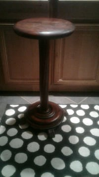 Wood Pedestal Table/Plant Stand Washington, 20015