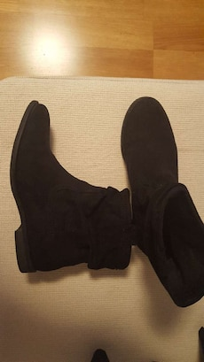 boots size 40