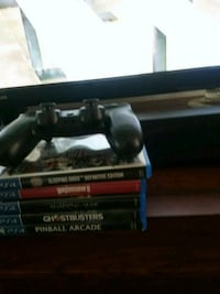 PlayStation 4 controller and 5 games Henrico, 23229