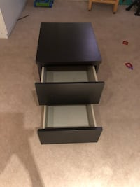 Black ikea night table In great condition no scratches Mississauga, L5M 6Y2