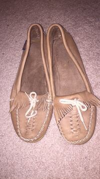 pair of brown leather boat shoes Clyde, 14433