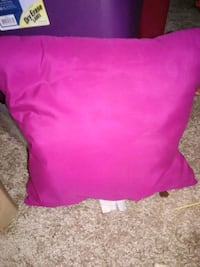 Pink throw pillow Chattanooga, 37421