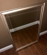 Big beveled mirror 39x27 Bakersfield, 93311