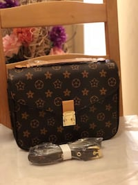 LOUIS VUITTON POCHETTE METIS (Dupe in brown) BRAND NEW Surrey, V3T 5R7