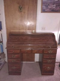 brown wooden roll-top desk Waterford, 95386