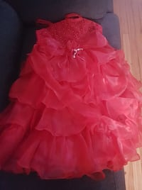 robe enfant taille 9-10 MONTREAL