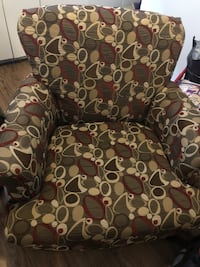 black and white floral fabric sofa chair Toronto, M8Z
