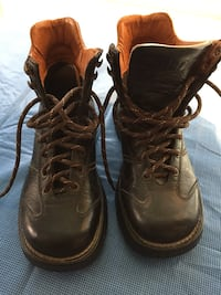 ALDO Leather hiking boots in excellent condition size 37 Oshawa, L1J 8N4