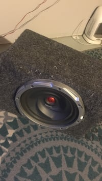 gray and black Kenwood subwoofer speaker