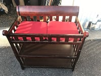 BABY CHANGING TABLE, GOOD SHAPE, PERFECT FOR THE N