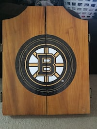 Dartboard Cabinet Boston Bruins and Dartboard Burlington, L7L 1C4