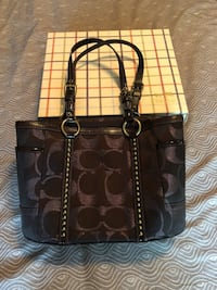 Coach shoulder bag for sale Toronto, M3M 2M4