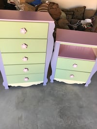 two green and pink wooden 3-drawer chests Columbus, 31907
