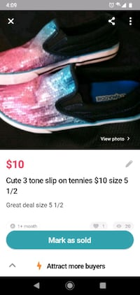 Very xute slip on tennis shoes