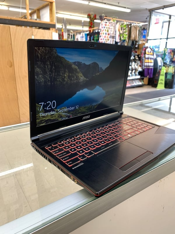 Msi Gaming Laptop  170c2df9-8767-4a40-a719-f222887faad5
