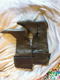 pair of brown leather boots Canyon Country, 91387