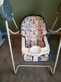 baby's white and gray swing chair Killeen, 76542