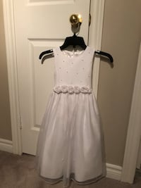 White size 5 dress Barrie, L4N 0X7