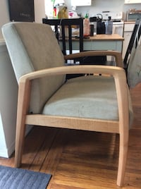 Ideon  aviera guest lounge chair Vancouver, V6G 1J8