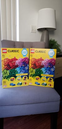 NEW 1800 Piece LEGO blocks bricks Toy set - GREAT CHRISTMAS GIFT Endless creativity and fun Brand new - Sealed box $60. Price is firm. Pick up in Ventura near Telephone and Victoria Ventura