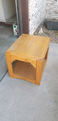 End table  Las Cruces, 88011