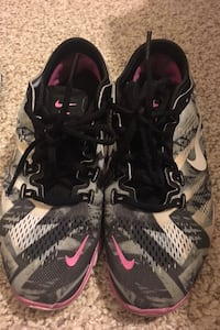 pair of black-and-white Nike basketball shoes Orlando, 32839