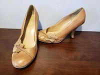 pair of brown leather platform stiletto shoes Calgary, T2W 1C8
