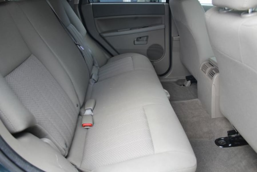 Used 2005 Jeep Grand Cherokee for sale 24f5cba0-7102-4171-8320-b201a352df43