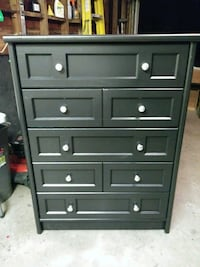 Stunning Chest of Drawers Redford Charter Township, 48239